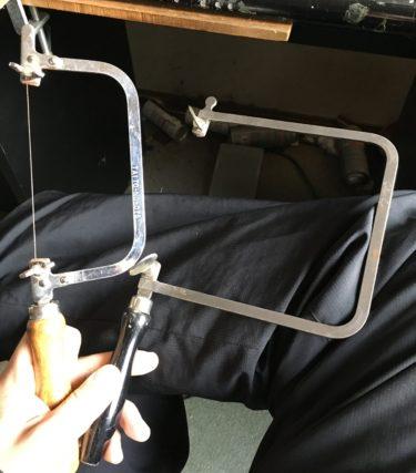 彫金で糸鋸を使う時は高さを考える